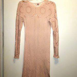 Dresses & Skirts - Light bandage dress 💞
